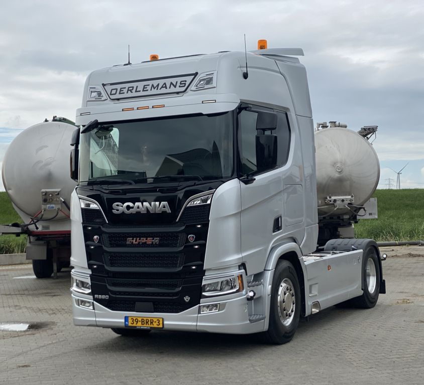 Aflevering Scania R590 V8 4×2 Oerlemans
