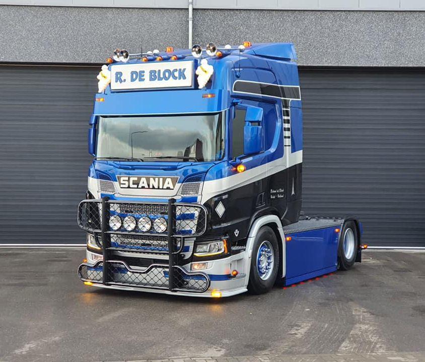 Scania R520 4×2