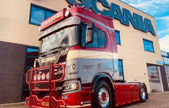 Scania 650R V8 4×2